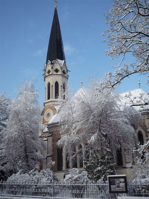Kirche Steyr im Schnee